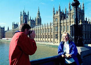 Spend 4 full days exploring all London has to offer and cross the Atlantic to Miami
