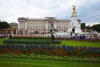 Sail from Miami to London aboard the Navigator of the Seas with a 3 night post stay in London.